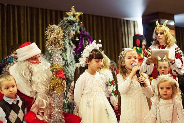 Новогодние елки для детей 2019 - 2019 СПб. Афиша, расписание, цены на билеты в 2019 году